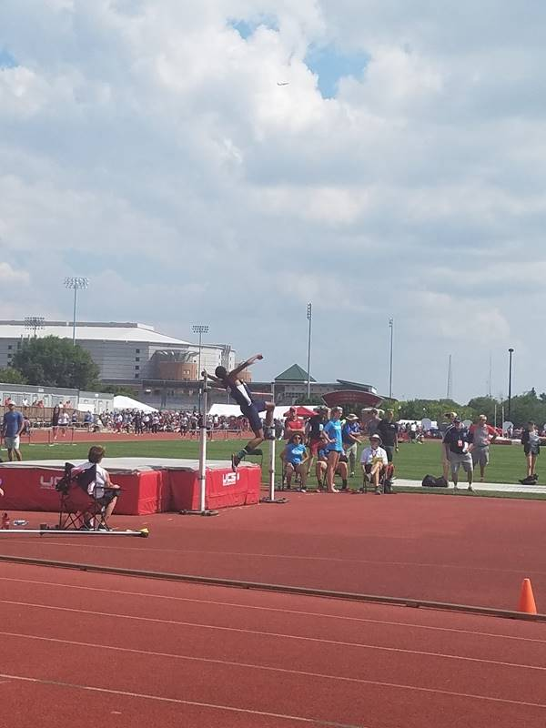 Student competing in OHSAA Track and Field Meet